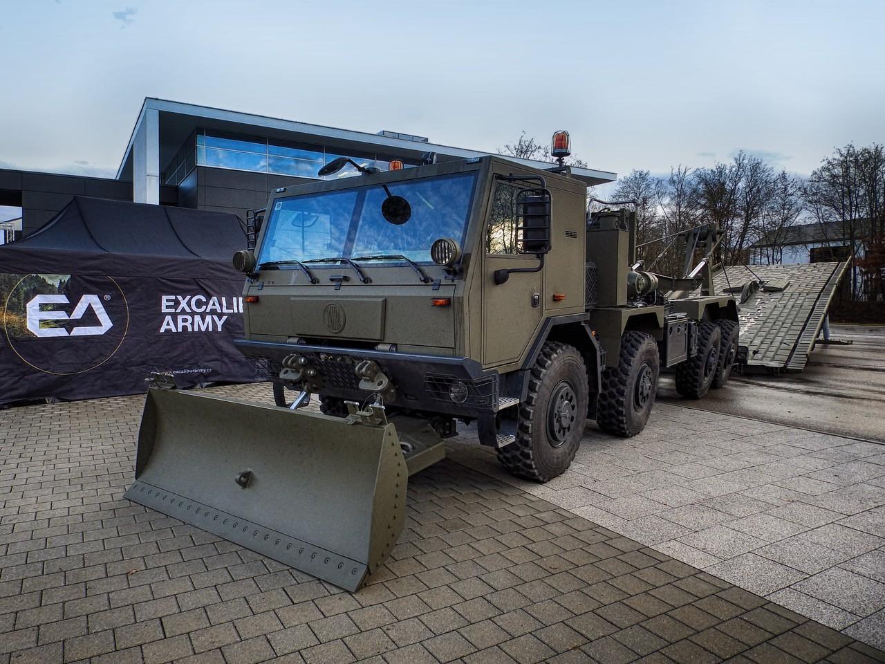 NEW AM-70 EX BRIDGE LAYER GOES PUBLIC | Excalibur Army